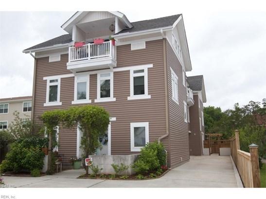 Attached,Attached Residential, 2 Unit Condo,Contemp - Virginia Beach, VA (photo 1)