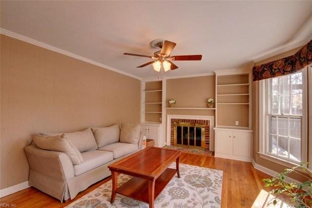 Traditional, Detached,Detached Residential - Newport News, VA (photo 5)