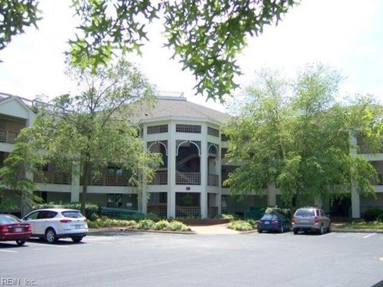 Attached,Attached Residential, Contemp,Lo Rise - Hampton, VA (photo 2)