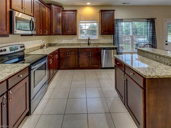 Transitional, Detached,Detached Residential - Hampton, VA (photo 2)