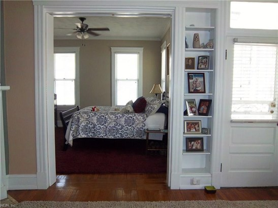 Converted S.F.,Over/Under, Duplex,Multi Family Residential - Portsmouth, VA (photo 4)