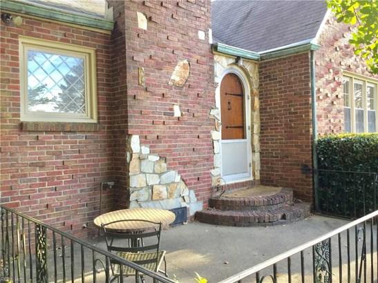 Detached,Detached Residential, Bungalow - Norfolk, VA (photo 3)