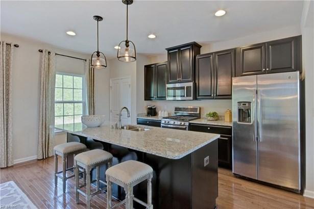 4309 Whitfield Lane, Chesapeake, VA - USA (photo 1)