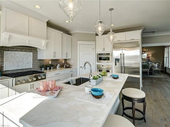 Attached,Attached Residential, 2 Unit Condo,Tri-Level - Virginia Beach, VA (photo 3)