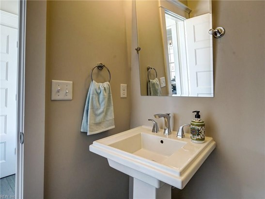 Attached,Attached Residential, 2 Unit Condo,Tri-Level - Virginia Beach, VA (photo 4)