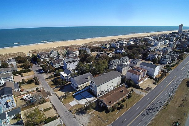 Attached,Attached Residential, 2 Unit Condo,Townhouse - Virginia Beach, VA (photo 2)