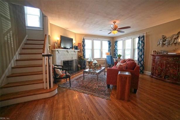 Cottage, Detached,Detached Residential - Hampton, VA (photo 4)