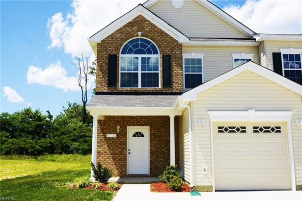 Attached,Attached Residential, Townhouse - Gloucester County, VA (photo 1)