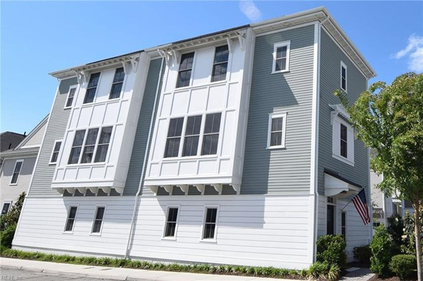 Attached,Attached Residential, Contemp,Transitional - Norfolk, VA (photo 1)