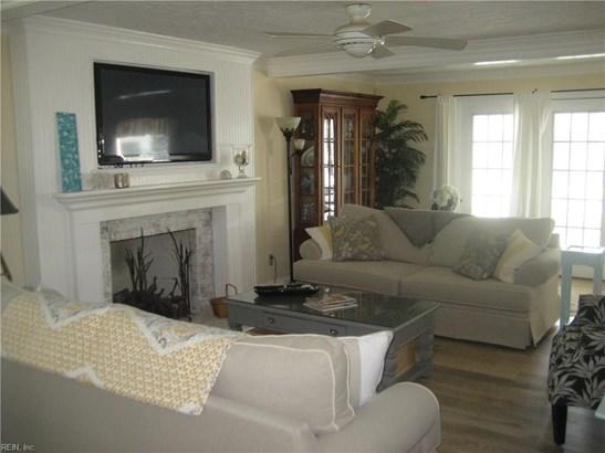 Cape Cod, Detached,Detached Residential - Hampton, VA (photo 5)