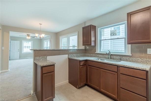 Over/Under, Duplex,Multi Family Residential - Hampton, VA (photo 2)