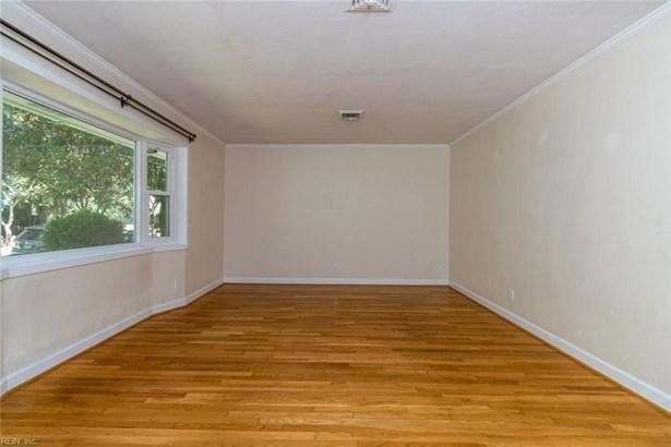 Attached,Attached Residential, 2 Unit Condo,Contemp - Norfolk, VA (photo 5)