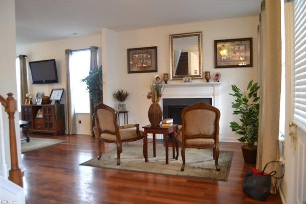 Transitional, Detached,Detached Residential - Portsmouth, VA (photo 4)