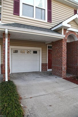 Attached,Attached Residential, Contemp,Townhouse - Newport News, VA (photo 1)