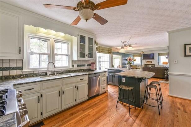 Colonial, Detached,Detached Residential - Poquoson, VA (photo 4)