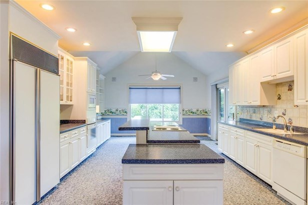 Colonial,Transitional, Detached,Detached Residential - Virginia Beach, VA (photo 2)