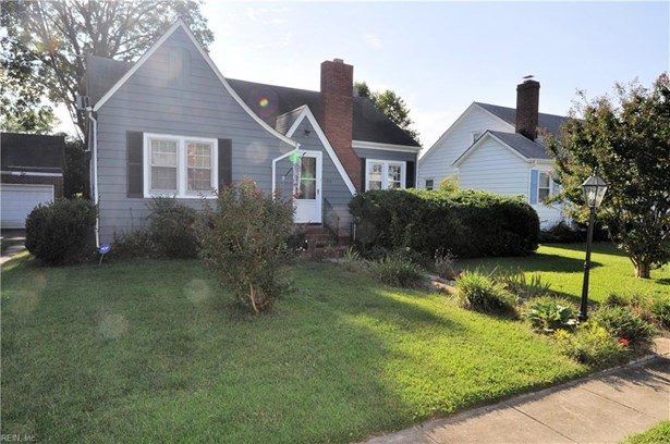 Attached,Attached Residential, Bungalow,Cottage - Hampton, VA (photo 3)