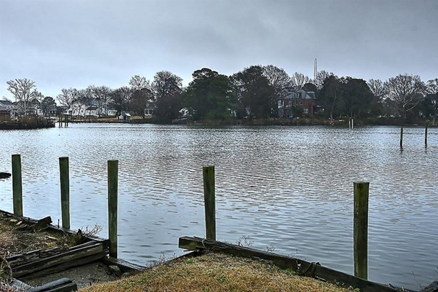 Traditional, Detached,Detached Residential - Portsmouth, VA (photo 3)