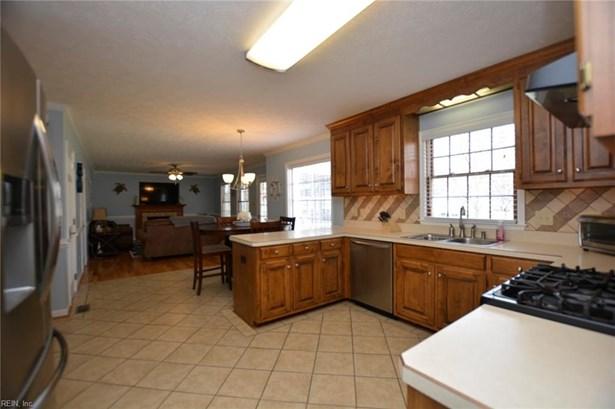 Transitional, Detached,Detached Residential - Poquoson, VA (photo 4)