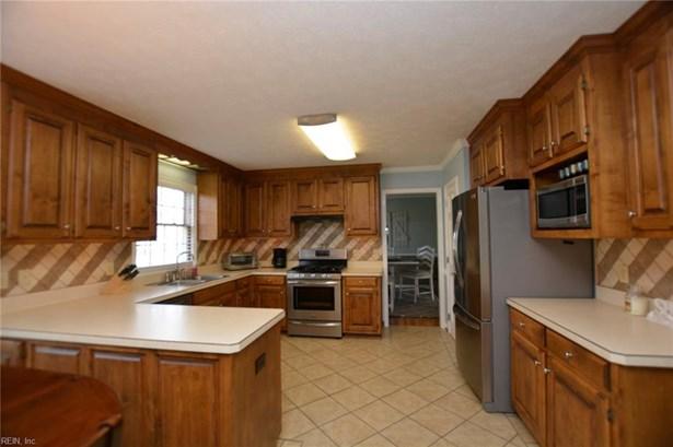 Transitional, Detached,Detached Residential - Poquoson, VA (photo 5)