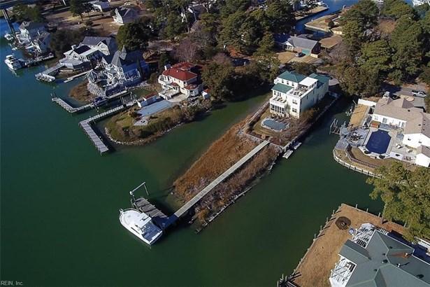 Detached,Detached Residential, Contemp,Transitional - Virginia Beach, VA (photo 2)