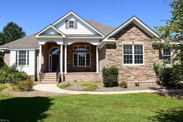 Detached,Detached Residential, Traditional,Transitional - Virginia Beach, VA (photo 3)