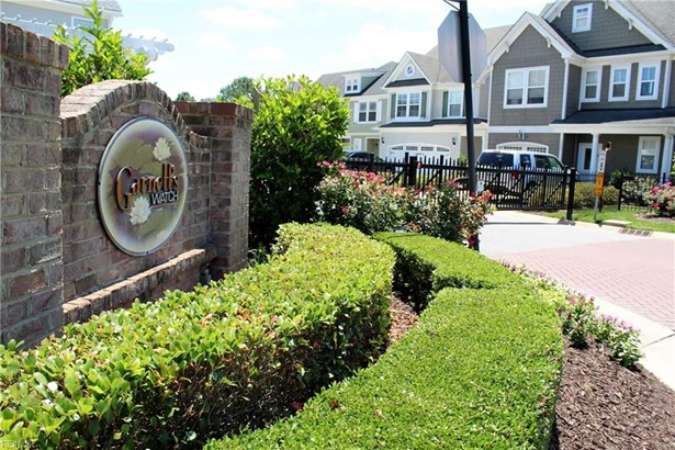 Lo Rise,Traditional, Detached,Detached Residential - Virginia Beach, VA (photo 2)