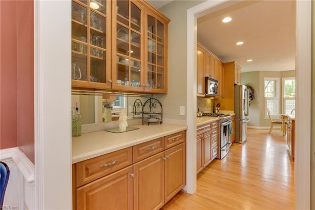 Transitional, Detached,Detached Residential - Suffolk, VA (photo 5)