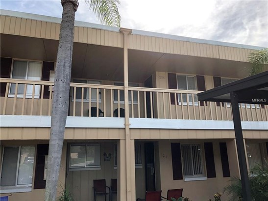 Condominium - APOLLO BEACH, FL