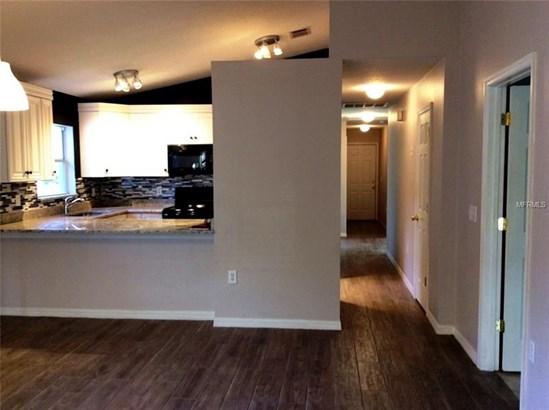 Single Family Residence, Bungalow - TAMPA, FL (photo 3)