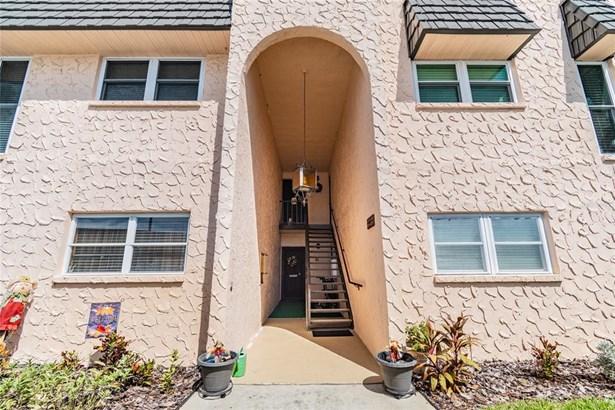 Condominium - SEMINOLE, FL
