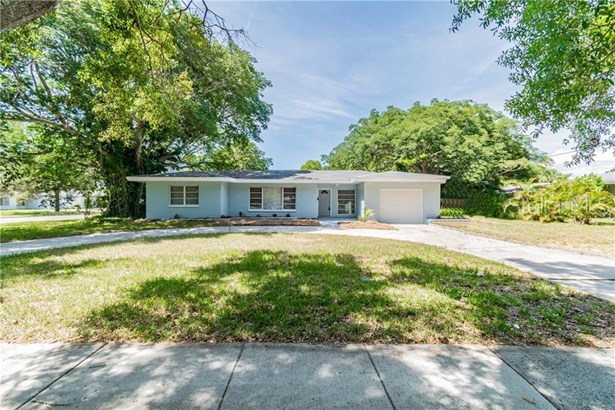 Single Family Residence, Florida,Ranch,Traditional - CLEARWATER, FL