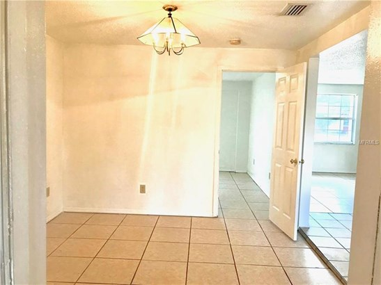 Single Family Home, Ranch - TAMPA, FL (photo 5)