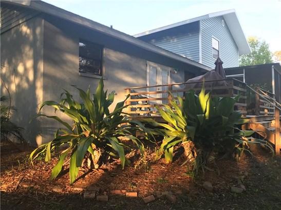 Single Family Residence, Traditional - SEMINOLE, FL (photo 3)