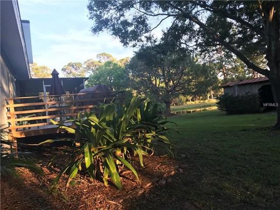 Single Family Residence, Traditional - SEMINOLE, FL (photo 4)