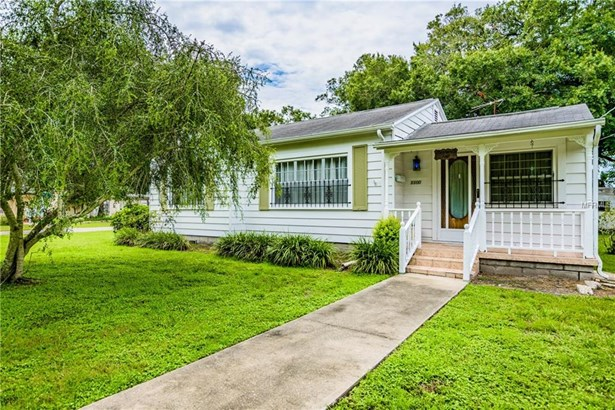Single Family Residence, Bungalow - TAMPA, FL