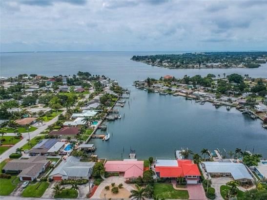 Single Family Residence - ST PETERSBURG, FL (photo 2)