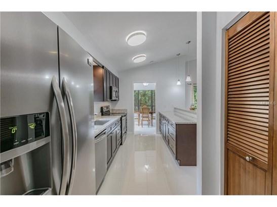 Single Family Home, Contemporary - TAMPA, FL (photo 5)