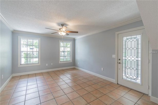 Single Family Residence - TEMPLE TERRACE, FL (photo 4)