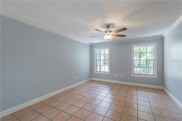 Single Family Residence - TEMPLE TERRACE, FL (photo 5)