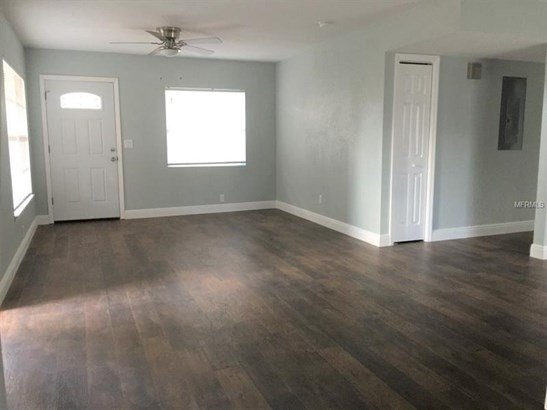 Single Family Residence, Ranch - BRANDON, FL (photo 2)