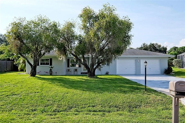 Single Family Residence, Florida - NORTH FORT MYERS, FL