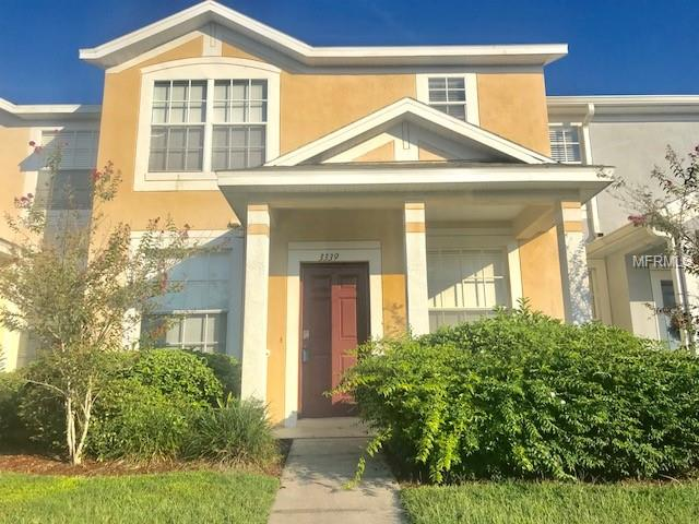 Townhouse - LAND O LAKES, FL