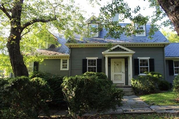 Cape Cod, Single Family Residence - Lynchburg, VA (photo 4)