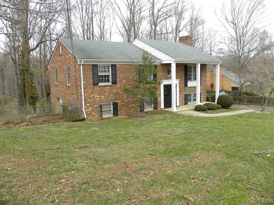 Single Family Residence, Split Foyer - Lynchburg, VA (photo 2)