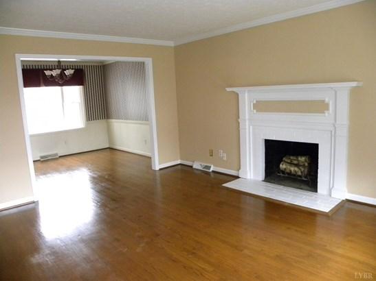 Single Family Residence, Split Foyer - Lynchburg, VA (photo 5)