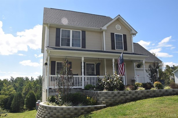 Single Family Residence, Two Story - Madison Heights, VA (photo 3)
