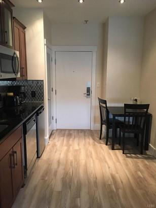 Condominium - Huddleston, VA (photo 3)