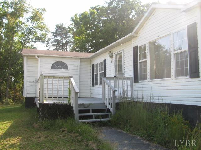 Single Family Residence, Doublewide - Thaxton, VA (photo 2)