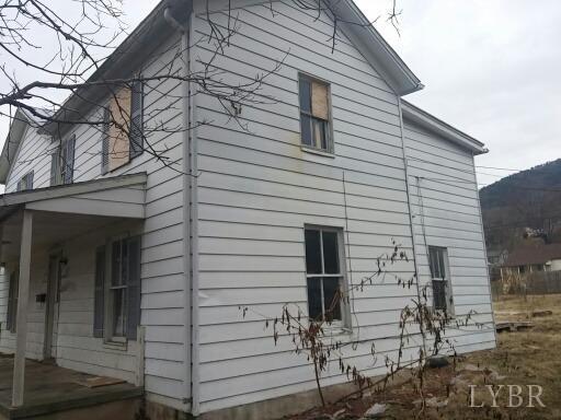 Single Family Residence, Two Story - Buena Vista, VA (photo 2)